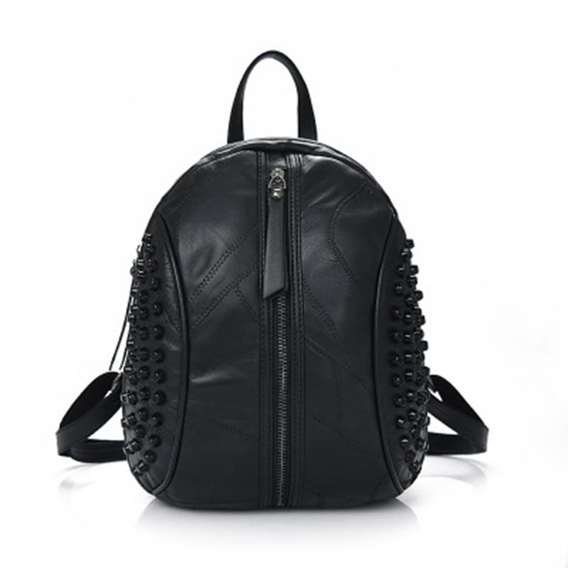 Hot Women Rivet Backpack Women Travel School Backpack Female Genuine Leather Large Capacity Simple Casual Women Backpack Shoulde