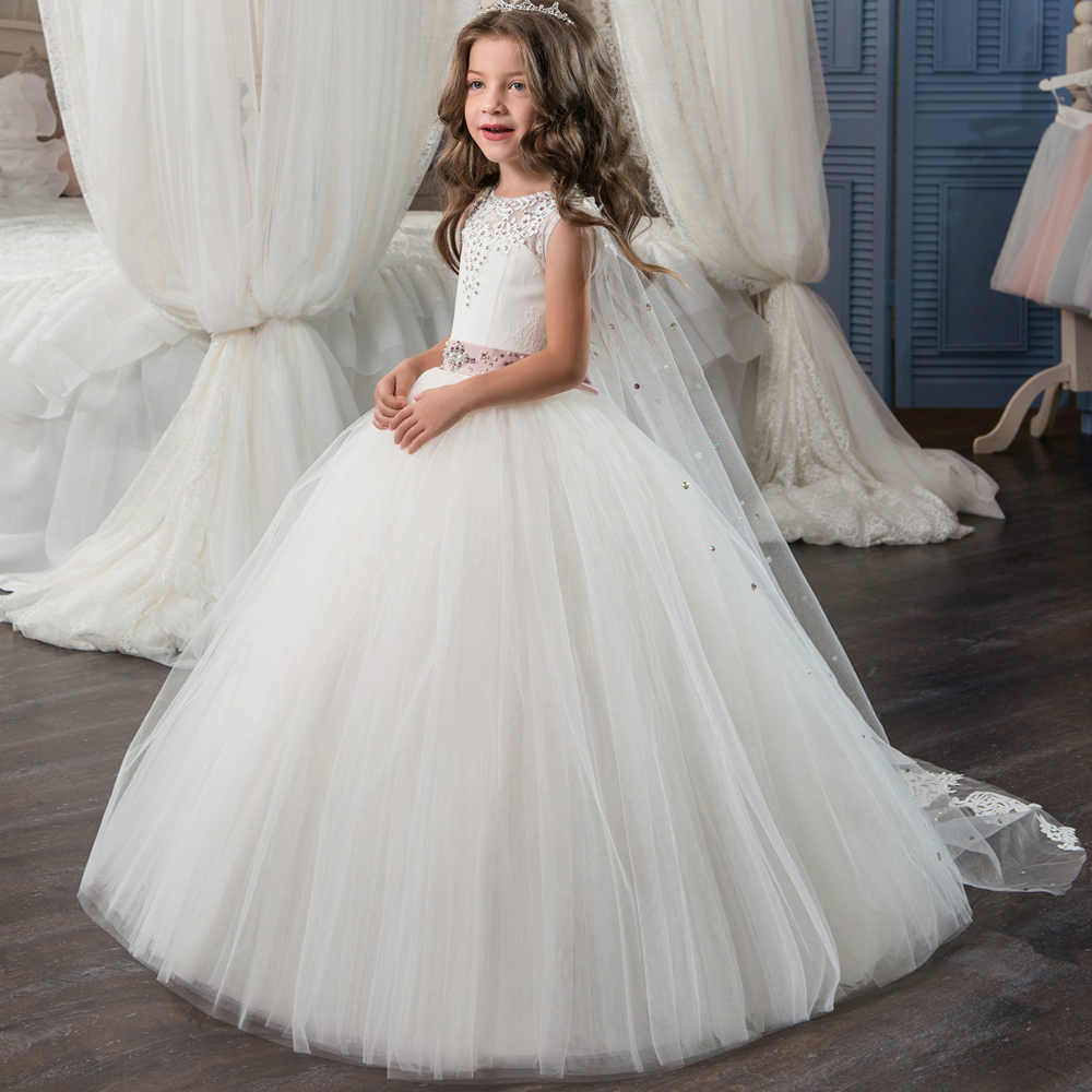 2017 New Flower Girl Dresses White and Ivory Ball Gown O-neck Sleeveless Lace Up Birthday Summer Communion Dresses with Train