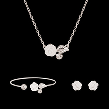 High Quality platinum Plated Charm Rose Flower Leaf Rhinestone Pendant Necklace Earrings Opening Bangle Women Jewelry Sets
