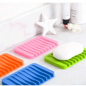 1 Pcs Hot Sale Silicone Flexible Soap Dish Storage Holder Outdoor Portable Soap Box Shower Plate Tray Drain Bath House Container(China)