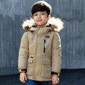 2016 Chicos Abrigo de Invierno chaqueta de Invierno para Niñas de Los Niños de Invierno chaquetas de Niño Abajo de la Capa con Cuello de Piel de Niños Negro Invierno chaqueta