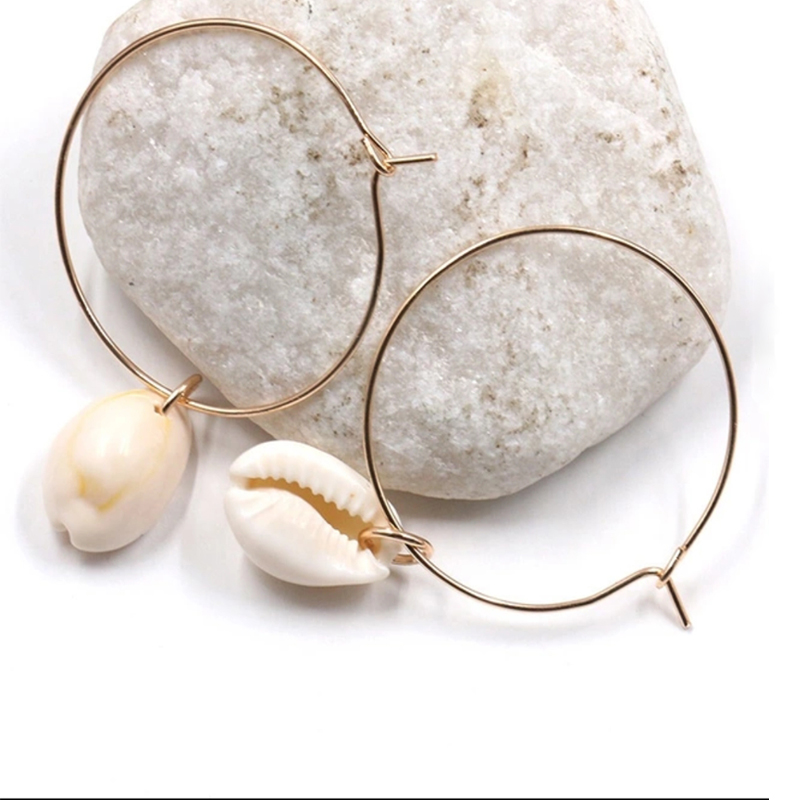 2018 Simple Fashion Jewelry Metal Gold Color Circle Earrings Nature Shell Charm Round Hoop Earrings for Women