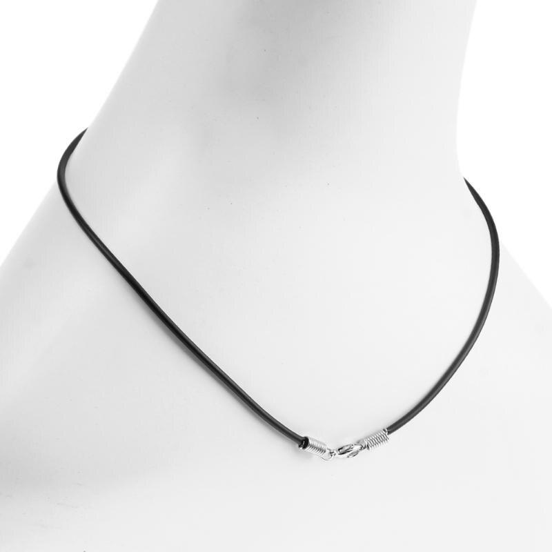 8f1a12b68c18 2mm negro Cordón de caucho pulseras collar cuerda Cadena de 45 cm Cierre de  langosta Cadena de bricolaje accesorios de la joyería de 10 unids/lote