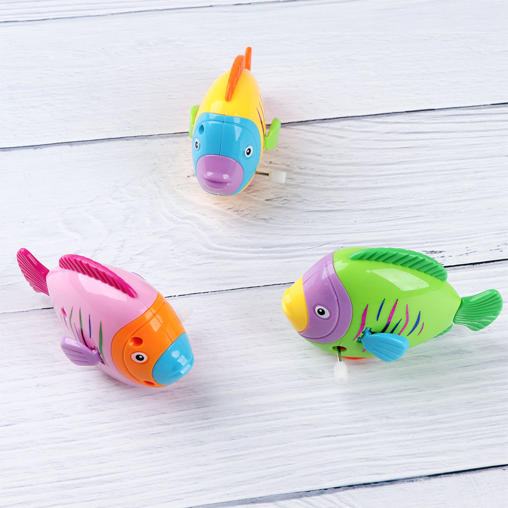1 PC Colorful Cute Fish Move The Tail Clockwork Toys For Kids Children Classic Baby Bath Wind Up Toy Educational Learning Toys
