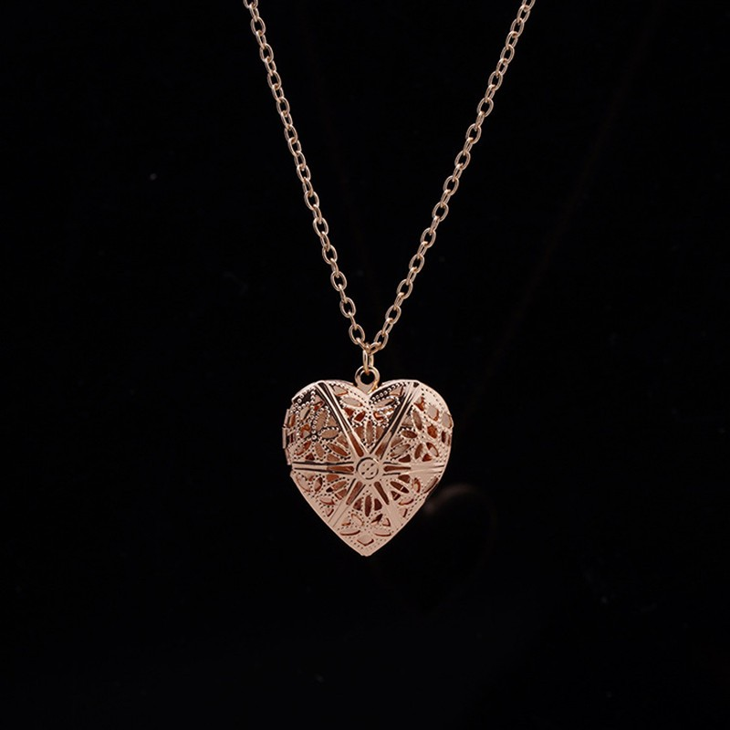 N830 Hollow Heart Pendant Necklaces Fashion Jewelry LOVE Collares Geometric Charm Necklace Bijoux NEW Arrival 18 2