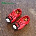 Claladoudou newborn baby kids shoes primavera otoño bebé niño niña mocasines de cuero de la pu suave calzado con la muñeca linda zapatillas