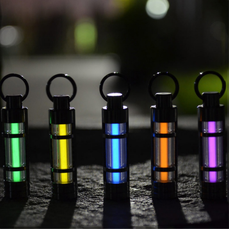 Automatic Light Titanium Alloy Tritium Gas Lamp Key Ring Life Saving Emergency Lights For Outdoor Safety and Survival