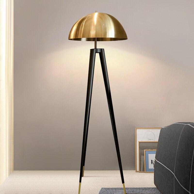 Postmodernen Drei Stativ Gold Tisch Lampe Italienischen Designer Lampen Kreative Büro Led Boden Lampe Schlafzimmer Nacht Wohnkultur Lichter - 3