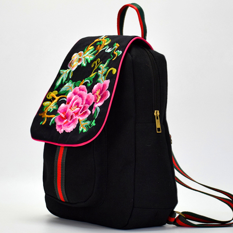2018 Women Floral Embroidered Backpack New Lady Flower Embroidery Backpacks Vintage Back Pack College Students School Back Bag