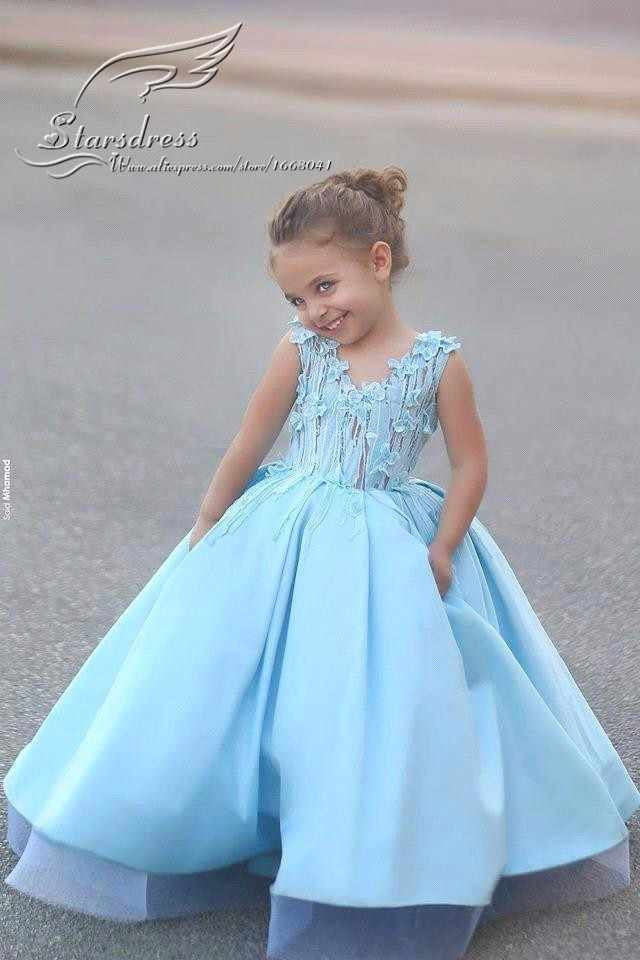 8503ea7fdcc21 2017 Newest Design Family Matching Wedding Dress for Mother Daughter  Dresses Clothes Mum Mom and Daughter Dress Princess Party