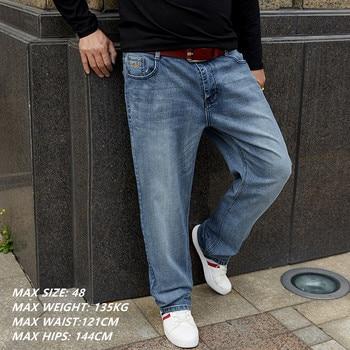 ea71d49dc5 Grande azul Jeans hombres Plus tamaño 42 44 46 48 Pantalón elástico Casual  para hombre Pantalones Hombre suelto recto estilo Denim pantalones vaqueros  de ...