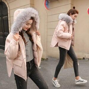 Image 4 - Fitaylor gola de pele do falso curto parkas solto casacos de algodão inverno feminino com capuz jaquetas rosa preto borgonha neve outwear