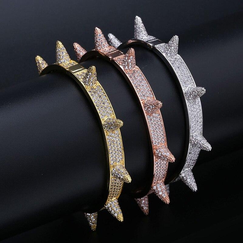 Micro pavé AAA cubique zircone pierre Rivet pointe ouverte manchette Bracelet femmes CZ Bracelet hommes Hip Hop Bling glacé sur rappeur bijoux