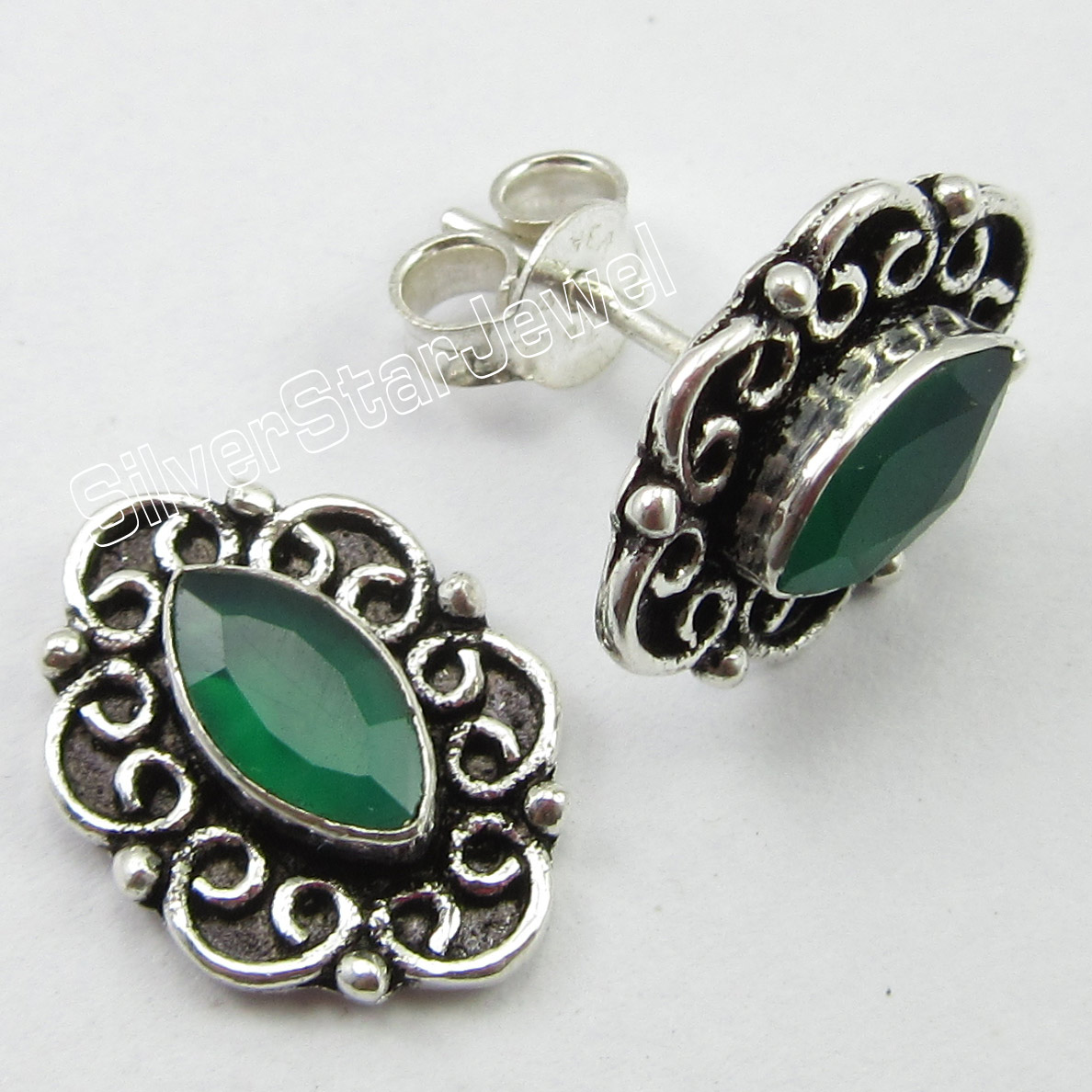 Chanti International Pure Silver STAMPED Dazzling GREEN ONYX ANTIQUE STYLE POST Earrings 1 5 CM