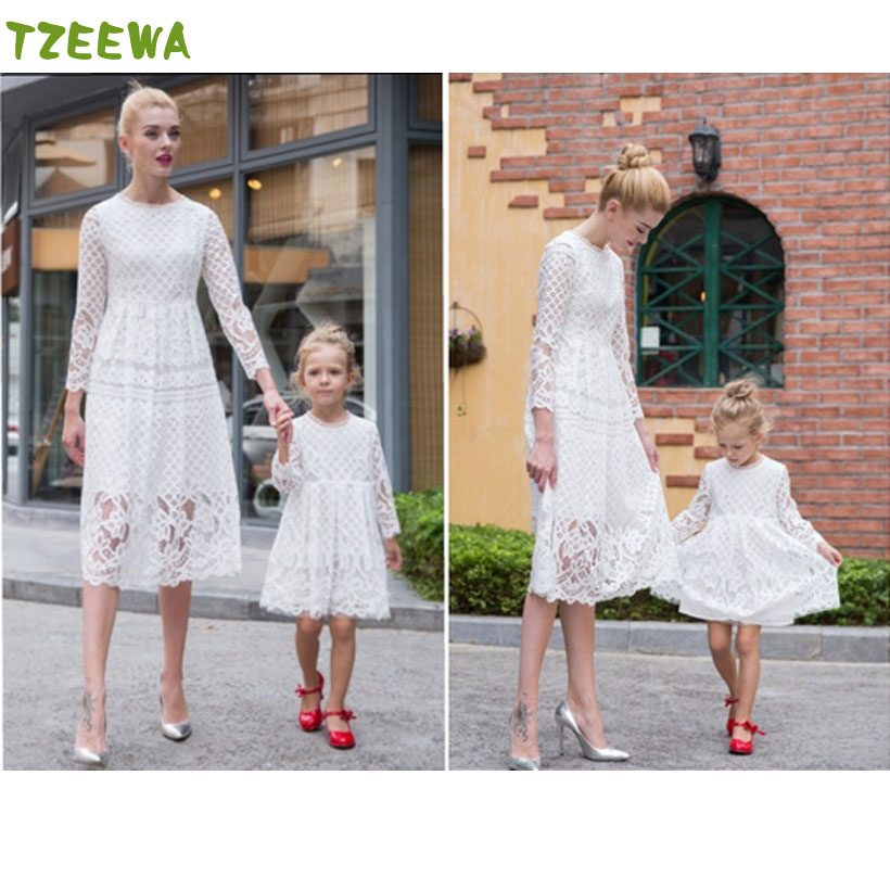 все цены на 2018 New Mother Daughter Dress Family Matching Outfits Fashion Mommy And Me Long Dress Family Fitted Party Clothing онлайн