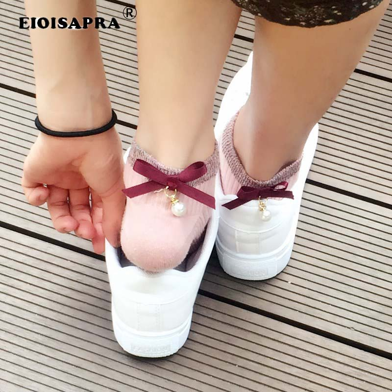 [EIOISAPRA]Pure Color Cotton Fashion Kawaii Pearl Bow Tie Socks Women College Style 6 Colors Funny Socks Calcetines Mujer