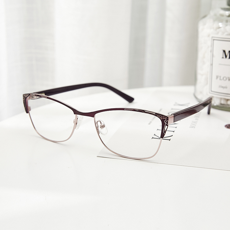 38198bfe4c86 Metal Eyeglasses Frame Women Purple Retro Clear Vintage Cat Eye Glasses  armacao de oculos de grau para mul TWM7553C1-in Eyewear Frames from Women s  Clothing ...