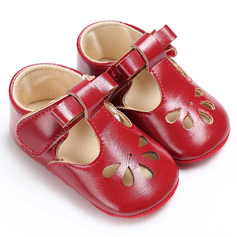 Soft Rubber Bottom Newborn Baby Moccasins PU Leather Fashion Hollowed Flowers Toddler Baby Girl Shoes First Walkers For Party