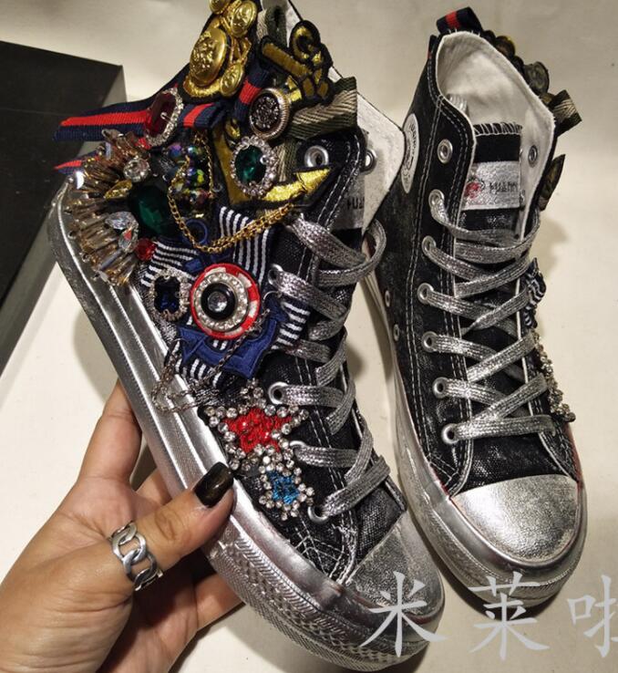 Nouveau femmes industrie lourde loisirs sauvage plat chaussures de sport médaille ruban strass ronde Skate simple marée toile chaussures