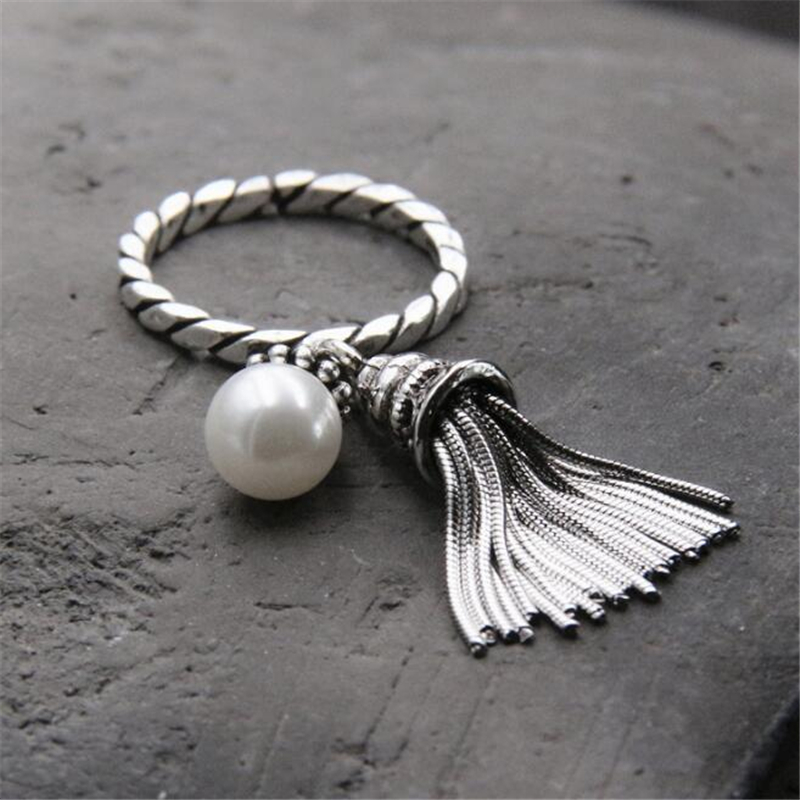 100 925 Sterling Silver White Natural Shell Pearl Tassel Finger Ring Vintage Jewelry Fringed Women Luxury Festival Gift in Rings from Jewelry Accessories