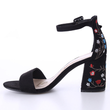 2017 Sexy women sandals open toe embroidery heels classic buckle strap platform woman sandals gladiator shoes women high heels