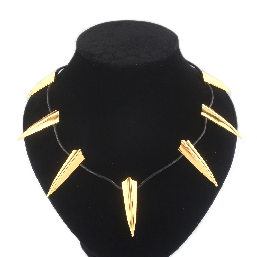 2018 Movie Avengers Black Panther Necklace T'Challa Cosplay Necklace CAPTAIN AMERICA Black Panther Mask Keychain Costume Props