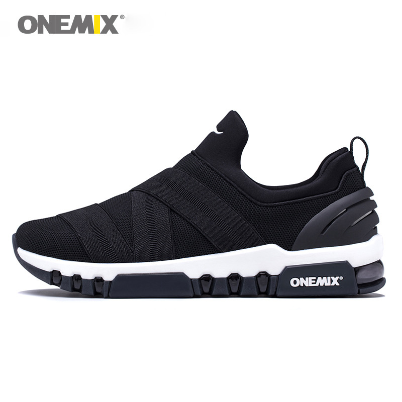 купить ONEMIX 2018 Men Slip-on Running Shoes Lightweight Damping Sports Shoes Women All-match Breathable Mesh Sneakers Jogging Shoes по цене 4045.85 рублей
