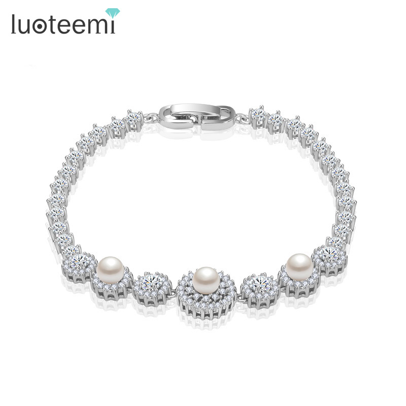 LUOTEEMI New Fashion Charm Bracelet High Quality Hearts and Arrow Round Cubic Zicon 3 White Imitation Pearl Bangle Jewelry