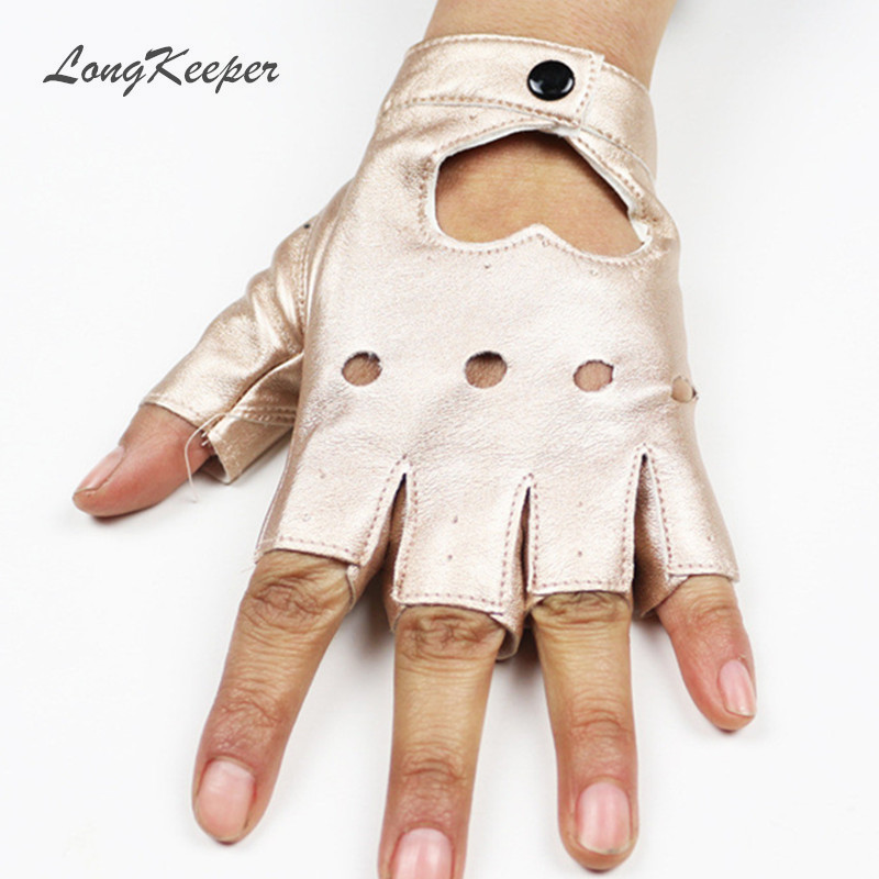 Mode Kvinnors Läderhandskar Fingerless Star Hollow Handskar Party Show Andas Half Finger Mittens For Women SXJ80