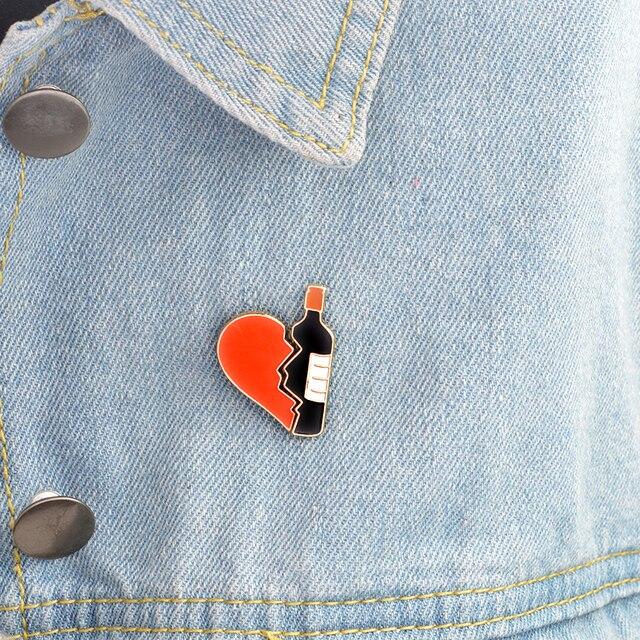 2 Pcs/set Broken Jantung Botol Anggur Bros Logam Enamel Merah Hitam Bros Denim Jaket Tas Jarum Lencana Perhiasan untuk perempuan Anak Laki-laki