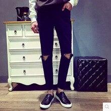 Мода 2017 лето колено отверстие джинсы мужчин сильная личность улица город нищий hip hop черный карандаш брюки лодыжки длина брюки