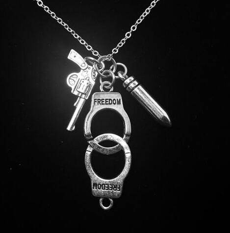 Police Handcuff Bullet Gun Necklace Pendant Charms Vintage Silver Collar Statement Choker For Women Jewelry Accessories Z493