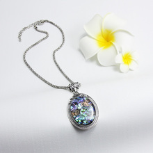 New Fashion Big Pendant Necklace Shell Retro Bohemian Necklace Indian Jewelry Women Ladies Sweater Necklaces Gift nke-m91