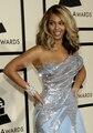 Beyonce Formal Largo Tul Vestidos de La Celebridad Vestidos de Fiesta Con Lentejuelas Plateadas Scoop Encuadre de cuerpo entero Una Línea Elegante Vestido De Festa