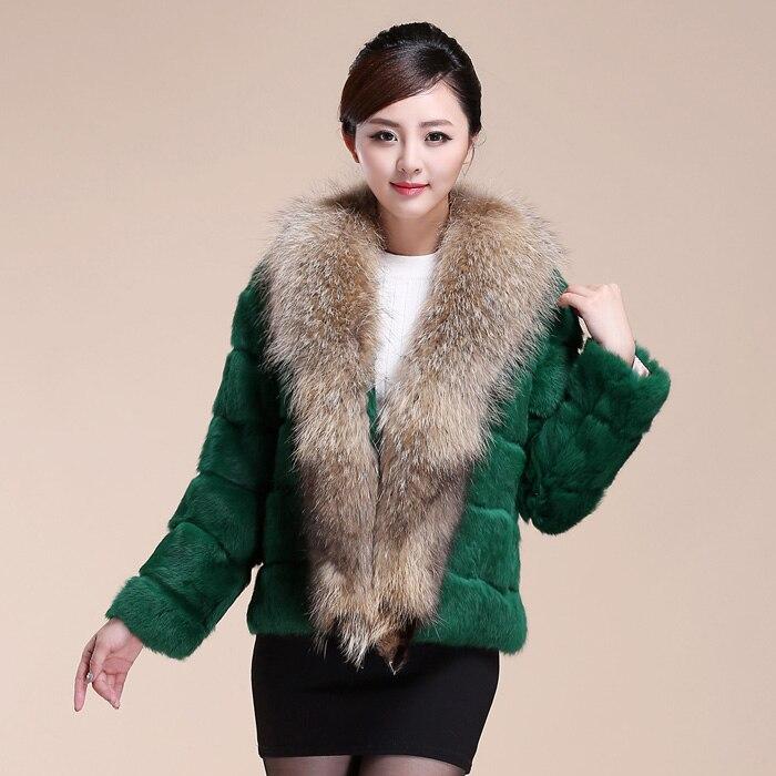 Grande natural whole pele real raccoon dog gola de pele das mulheres casaco  de pele de coelho outerwear das senhoras completo manga casacos de peles e  ... b01c794ba9f78