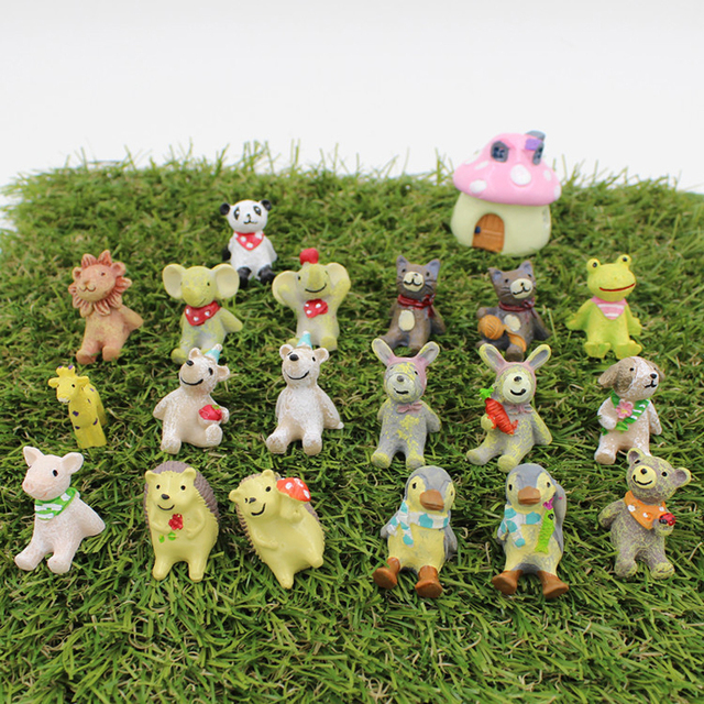 Miniature Garden Figures Zakka Cat Lucky Dog Kawaii Panda Pink Pig Lovely  Animals Decorative Figurines Fairy