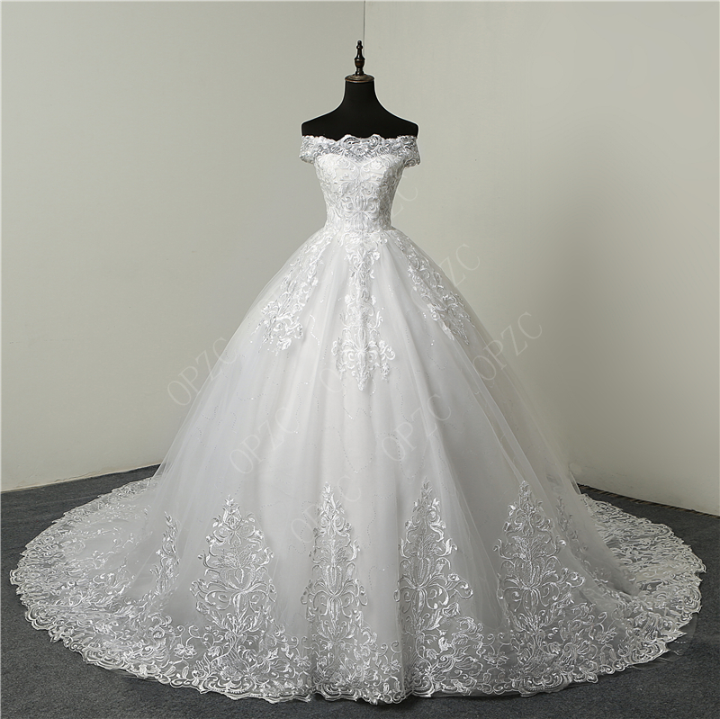 Vintage Embroidered Lace Wedding Dress Mermaid Wedding Dress Long Train