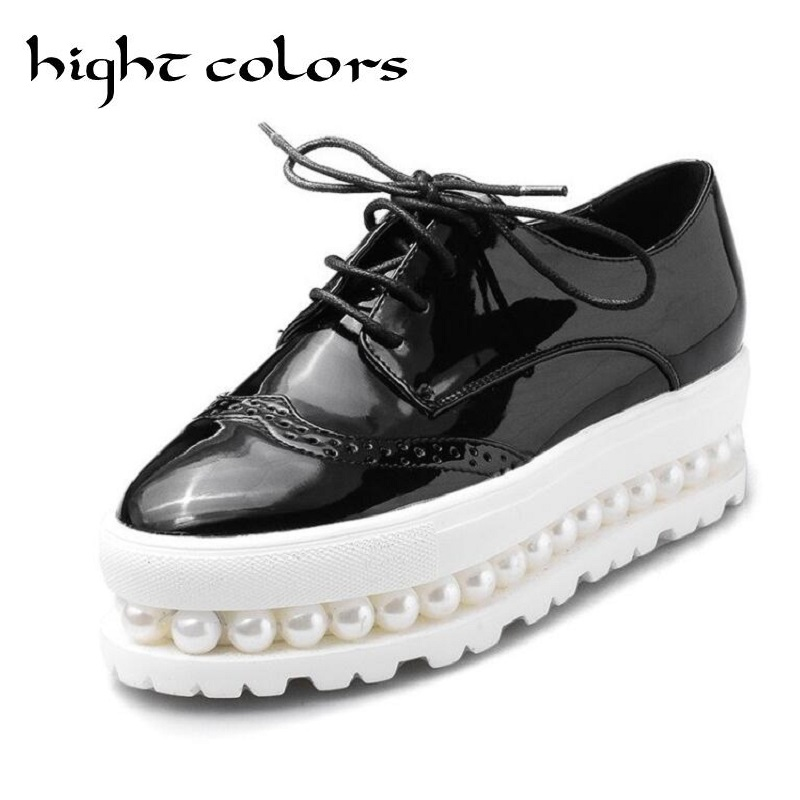 Women Oxfords 2017 Patent Leather Creepers Pearls Platform Shoes Woman Flats Casual Women Shoes Plus Size 34-43 Black White women brogue shoes lace up oxfords for women black white platform shoes woman beading thick bottom pu leather flats plus size 43