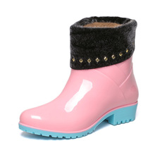 Crystal soft PVC transparent rain boots with rubber soles for ladies fashion boots fashion low barrel water antiskid wading boot