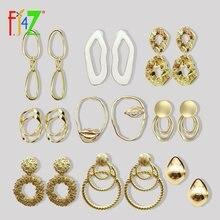Женские серьги с золотистым геометрическим узором fj4z эффектные
