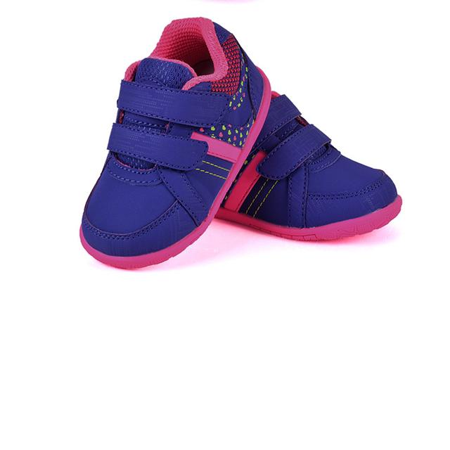 Zapatos de Suela blanda Primer Caminante Del Bebé Antideslizante 2017 Nuevo calzado Para Recién Nacido Sólido de Algodón de Moda de Alta Calidad Zapatos de Bebé 70A1075
