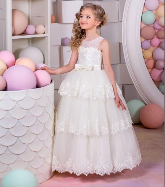 Ivory White Ball Gown Fluffy Flower Girl Dress for Wedding Lace Up back with Ribbon Girls Communion Gown Birthday Dress