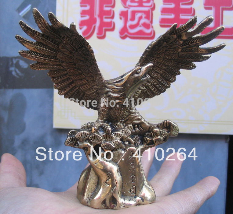 [old craft ] beautiful Launch the eagle of wing In the pine tree bronze good luck luck bmyf