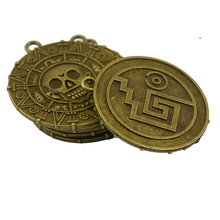 6x Punk Halloween Pirates Aztec Coin Medallion Skull Necklace Pendant Bronze for jewelry Necklace Bracelet making цена 2017
