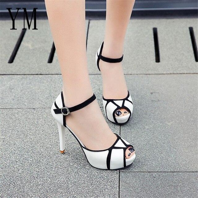 Sıcak Yaz Hollow Toka kadın ayakkabısı Avrupa Ve Amerikan Mücadele Renk Balık Ağzı Ile Yüksek Topuklu Genç Günlük Ayakkabı 41