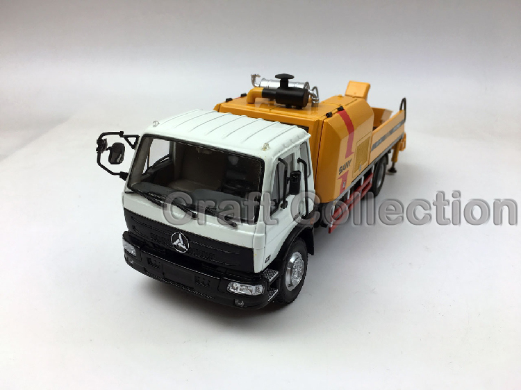 * 1/35 Sany Dong Feng Condor Concrete Pump Truck Construction Machinery Engineering Diecast Model