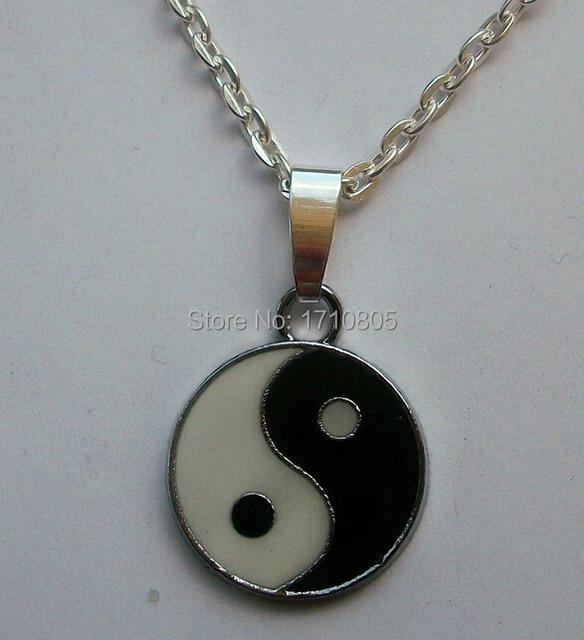 Zilveren yin yang ketting