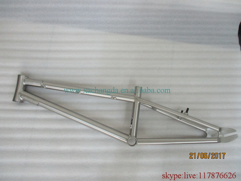 titanium BMX bike frame with integrated head tube and standard dropouts and BSA thread BB shell(China)