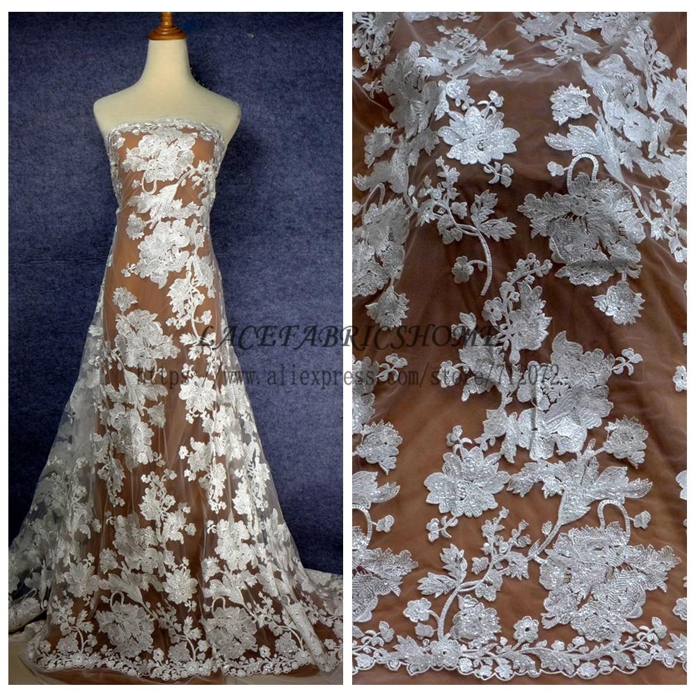 Blanc cassé belle bige fleurs paillettes polyester broderie robe de mariée dentelle tissu marque de mode dentelle 51 ''largeur