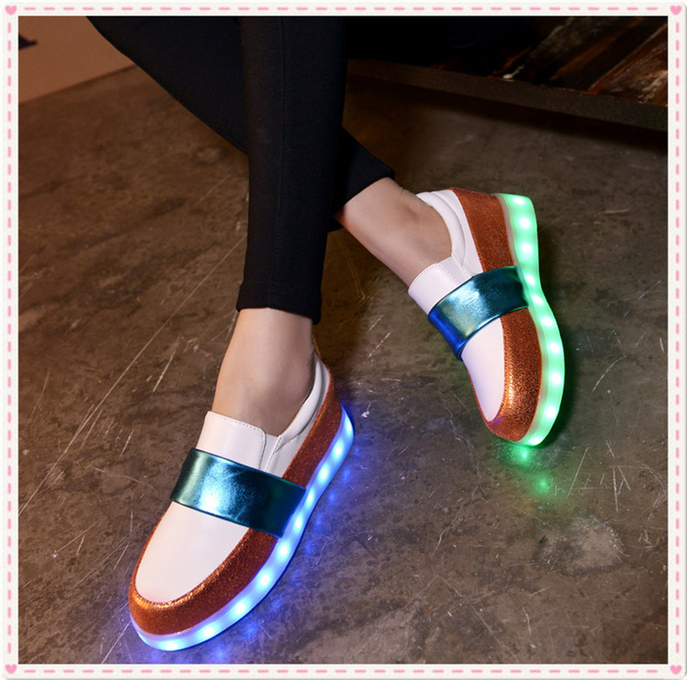 ФОТО Spring And Autumn Light Colorful Shoes Female Couple Fluores Cent Luminous Shoes Women LED Shoes USB Charging Current
